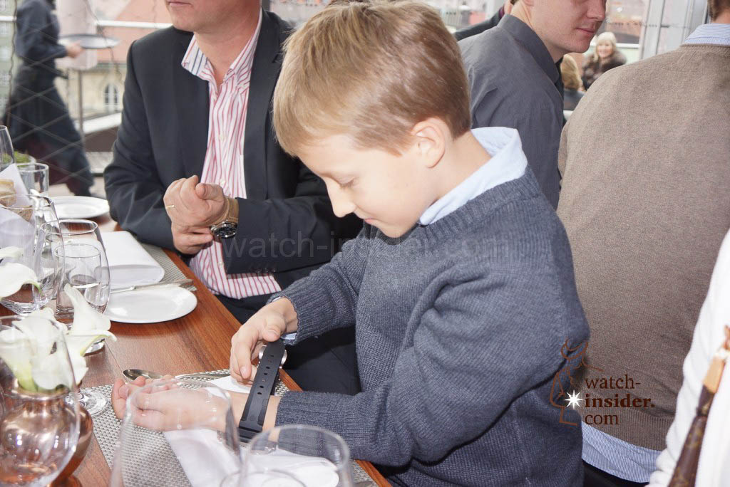 Max trying on some watches at the the Panerai & watch-insider lunch last Friday during Munichtime