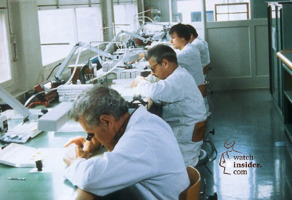 The Oris quality control department in the early 1980s. All movement and module parts were checked before assembly started.