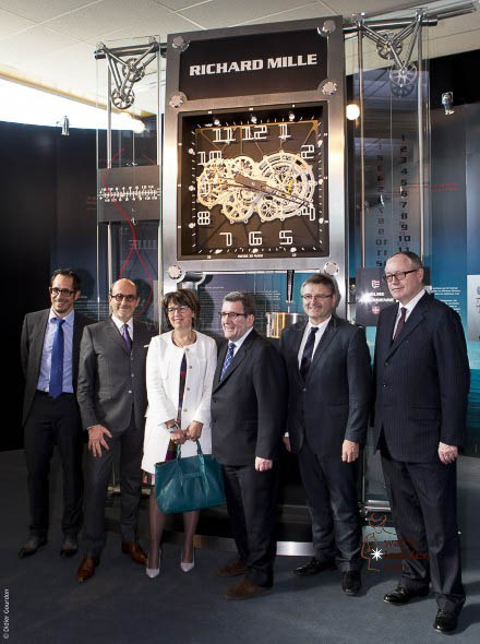 From left to right: Salvador Arbona (Responsible technique movement and R&D Horometrie SA), Richard Mille (President), Elisabeth Baume-Schneider (Minister of Education, Culture and Sports), Regis Labeaume (Mayor of Quebec), Charles Juillard (Minister of Justice, finance and Police) and Dominique Guenat (President Horometire SA)