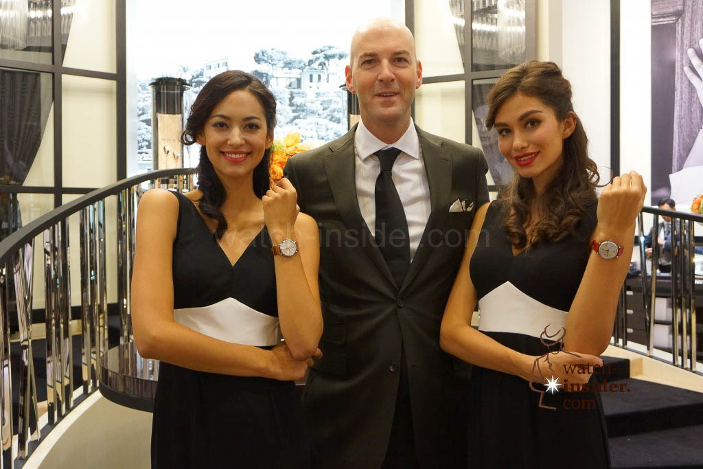 IWC Creative Director embedded in-between two beauties showing the new IWC Portofino ladies´watches