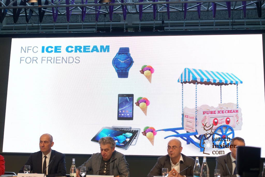 Swatch Group Annual Results Press Conference 2015. Demonstrating the NFC technology