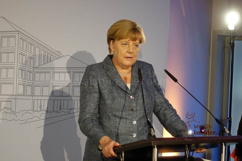 The German Chancellor Angela Merkel speaks to us. She honoured the work of Walter Lange.