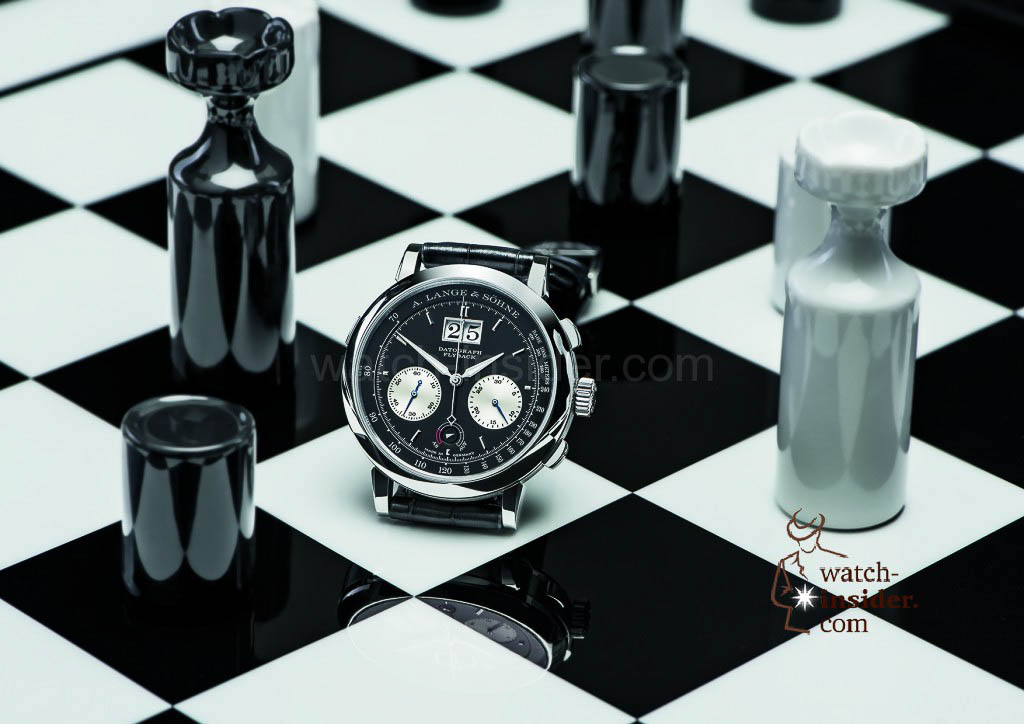Classic, yet perpetually new: The royal game is a fitting metaphor for the DATOGRAPH UP/DOWN. With its 30-minute counter, it can also be used in blitz chess play. Thanks to the precisely jumping minute counter, the player always knows exactly when the next minute begins.