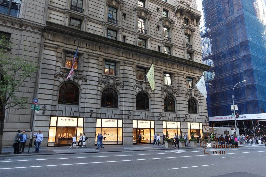 The new Wempe XXL Flagship Store located at 5th Avenue / 55th Street in New York